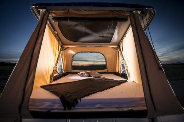 Espace intérieur tente de toit